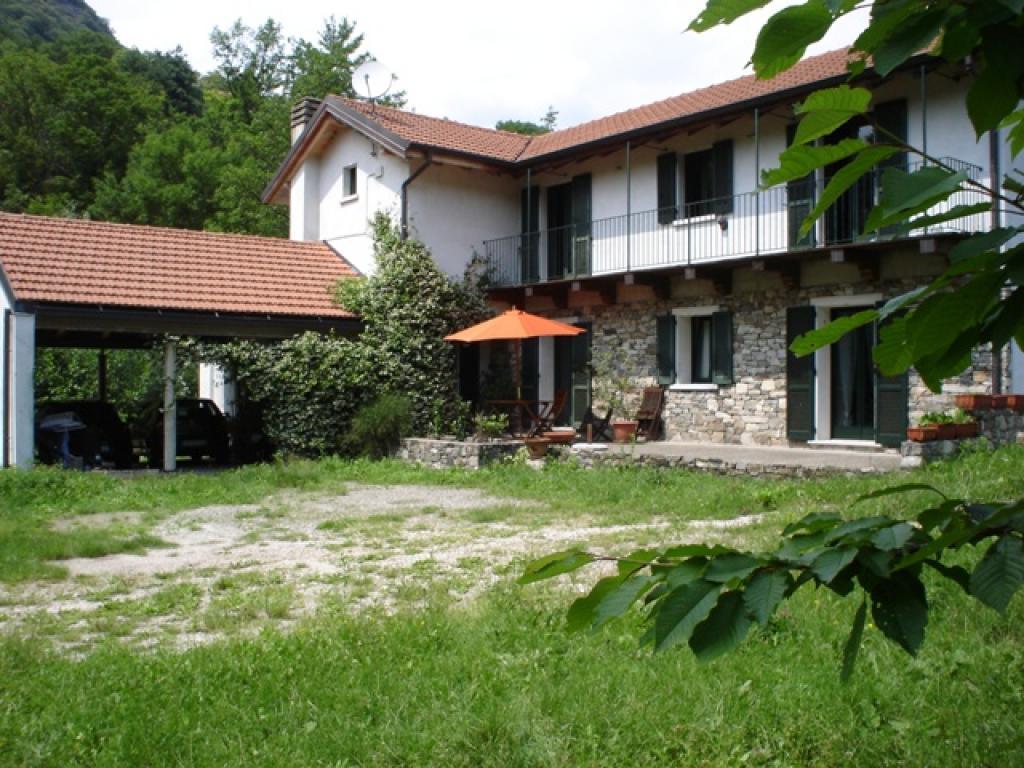 Vendita case lago d 39 orta nonio for Case in vendita