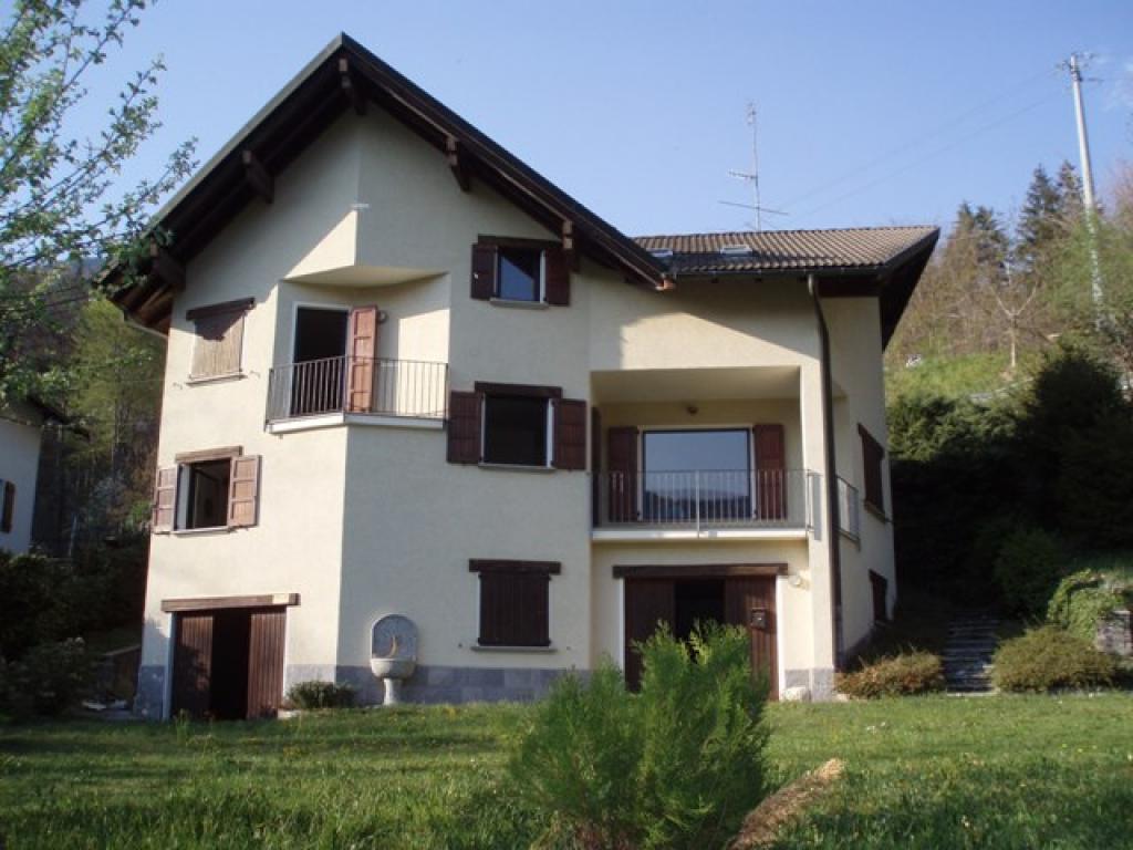 Vendita case valle vigezzo vendita immobili for Case gotiche vittoriane in vendita